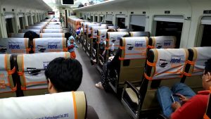 Tips Memilih Kursi Tiket Kereta Tegal Jakarta agar Perjalanan Makin Nyaman